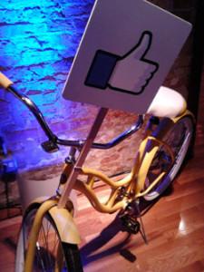 """Facebook """"like"""" bike"""